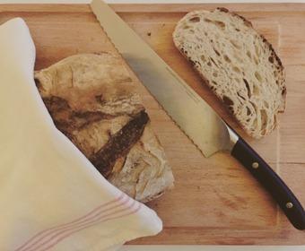 brödkniv PS levainbröd