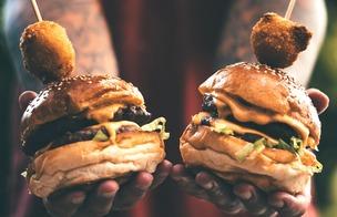 Grilla hamburgare, internationella hamburgardagen