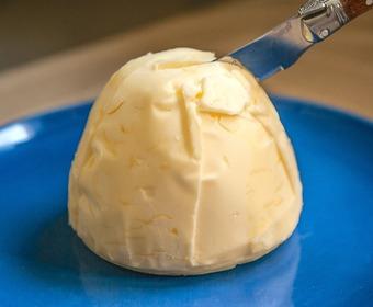 smör med kniv PS